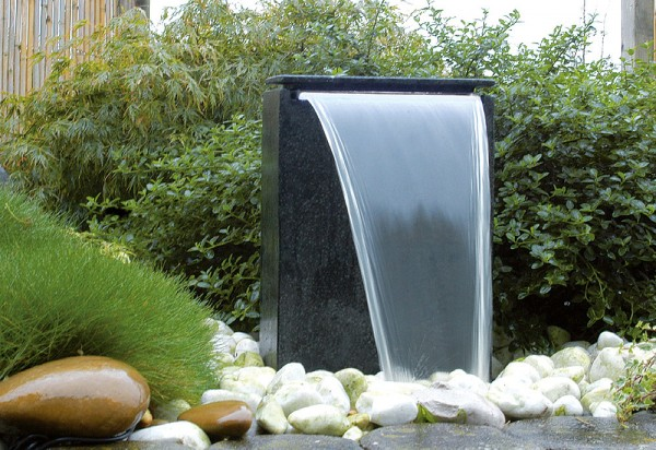 Ubbink AcquaArte Vicenza Gartenbrunnen Set LED Springbrunnen